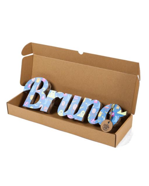 Nombres de cartón con textura Bruno