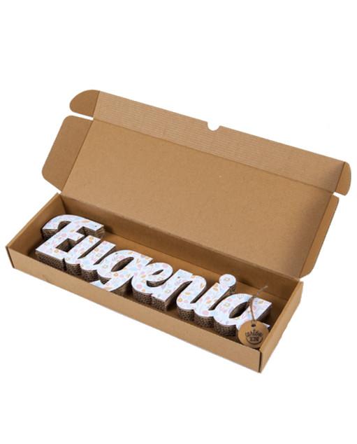 Nombres de cartón con textura Eugenia